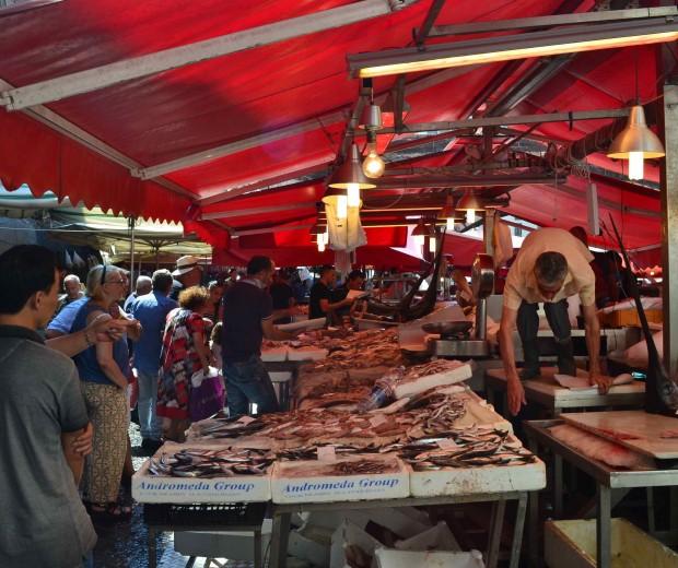 """""""A' piscaria"""", Le marché au poisson de Catane"""